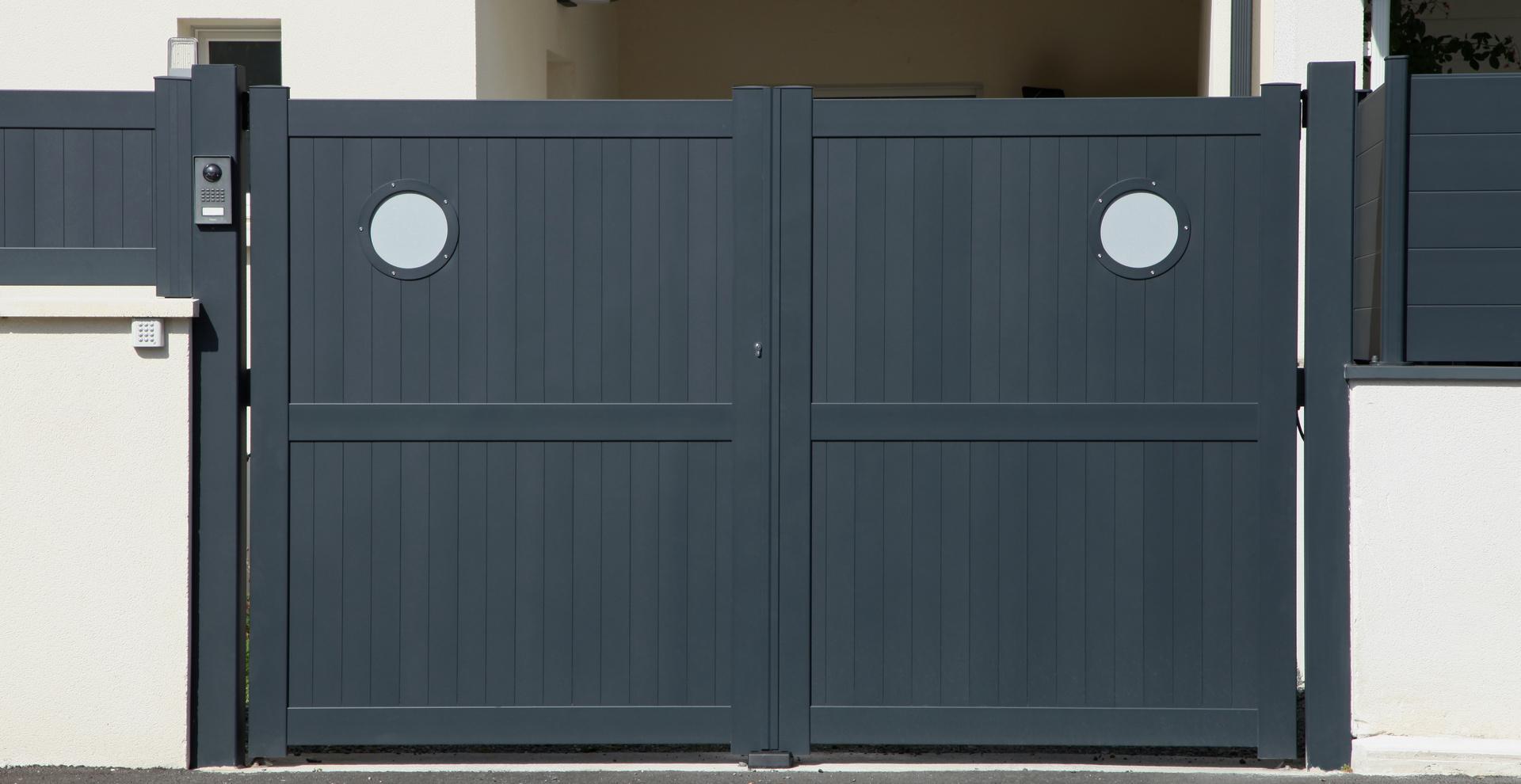 barrire mtallique extrieur barriere de separation jardin panneau metal cloture idmaison with. Black Bedroom Furniture Sets. Home Design Ideas